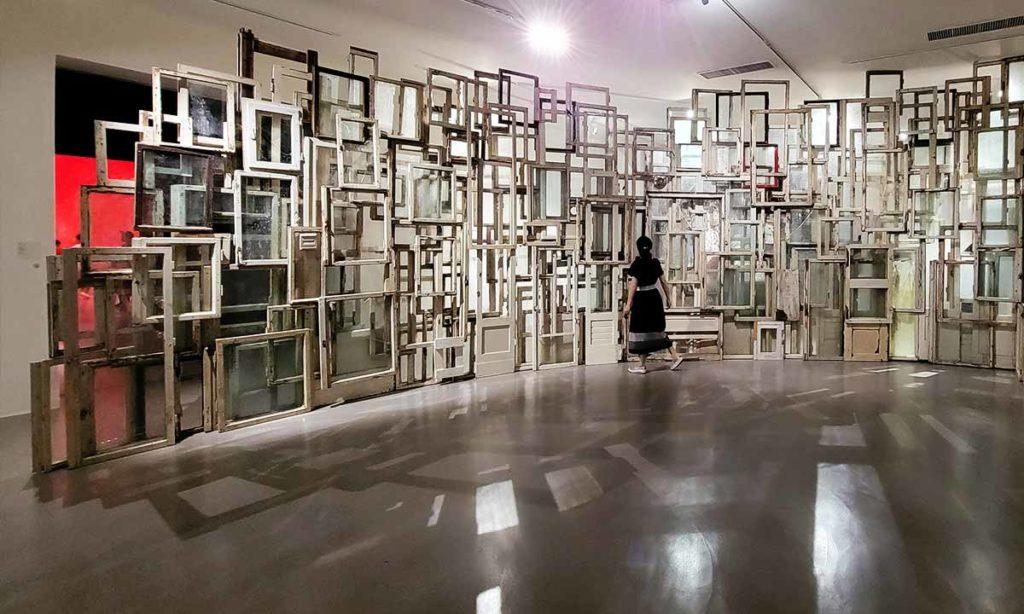 塩田千春展覽-窗戶-作品